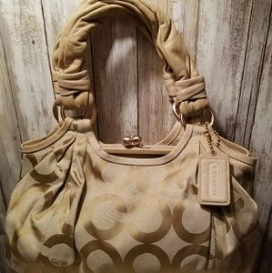 AUTHENTIC VINTAGE RARE KISSLOCK COACH PURSE EUC